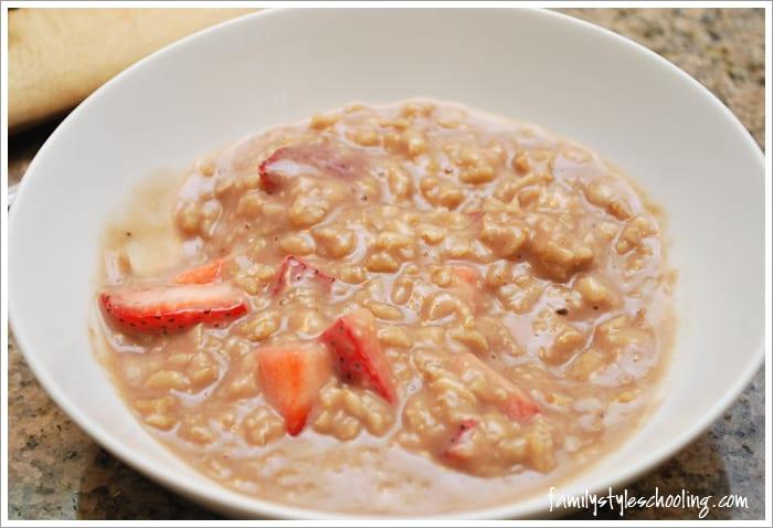 add strawberries to oatmeal