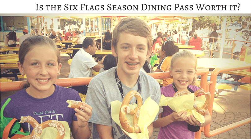 Six Flags Dining Pass Menu Lunch, Dinner, and Snacks Six Flags Dining Pass Menu Lunch, Dinner, and Snacks Stop off near the La Vista Pavilion when you enter the park to pick up this brochure with all the meal and snack info so you can refer back to it.